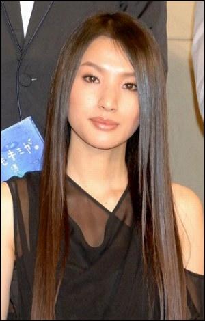 芦名星のシャンプーのCM【動画】、髪が綺麗で可愛いと話題!